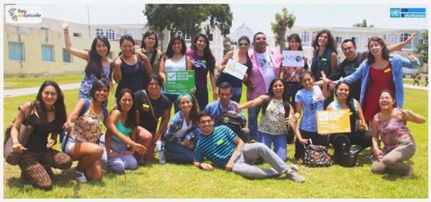 Voluntarios de The Millennials Movement en la Oficina de las Naciones Unidas en Perú, durante la primera capacitación de voluntarios en Lima.