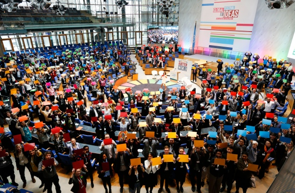 Over 500 delegates at the Global Festival of Ideas for Sustainable Development form the SDG wheel at the World Conference Center (WCC) in Bonn, March 01, 2017.
